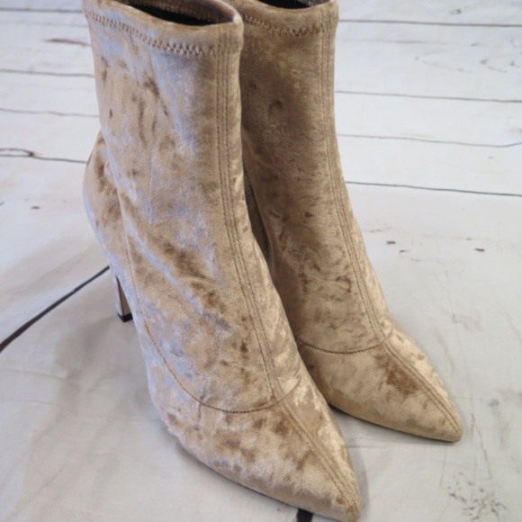 Jimmy Choo Shoes - NEW Jimmy Choo Louella 100 Ankle Boot Blonde Velv